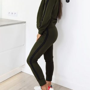 Unique Green Long Sleeves Sports Set With Pockets Feminine